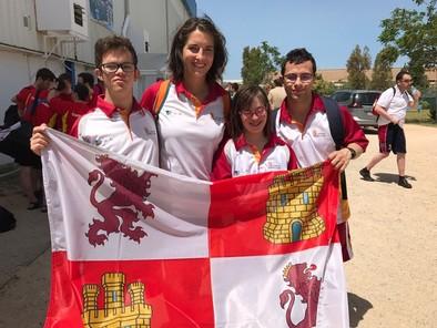 Borja,Patricia,Diego y Silvia en el Nacional de natación de Cádiz