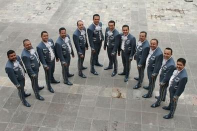 El mariachi Imperial Azteca