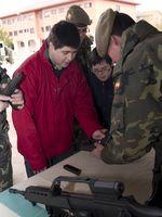 Down Burgos visita a las Fuerzas Pesadas